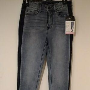 Eva Longoria Power Sculpt Skinny Jean(sideways bu)